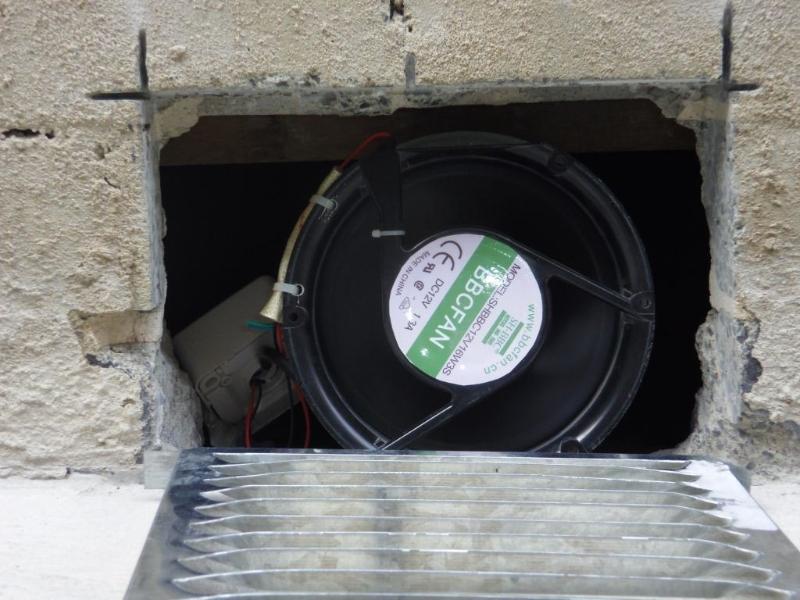 Sub Floor Fan Removing Moisture