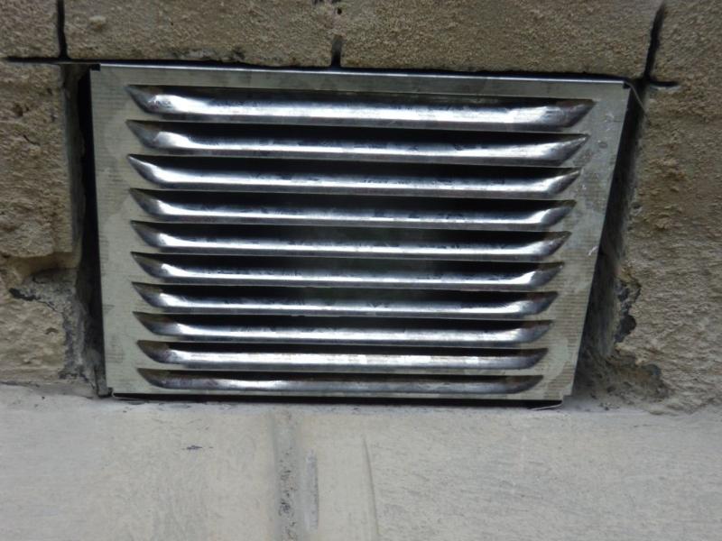 Under Floor Fan Removes Moisture 2